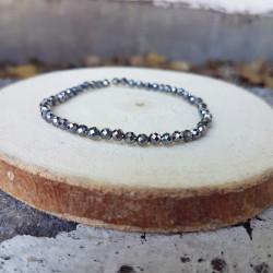 Bracelet hématite vue latérale